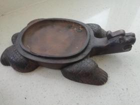 从老画家手里收到的龟形砚,背面有三个章