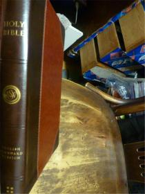 英文原版      English Standard Version Bible       (皮革精装烫金版)