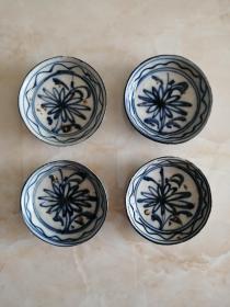 清代山西地方品种-----《青花菊纹盘子》----4个•合售----虒人荣誉珍藏