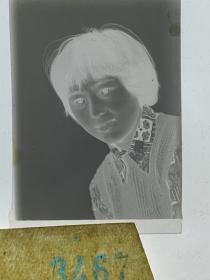 3467 年代老照片底片  美女