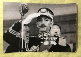 1937年 蒋介石 戎装照老照片一枚