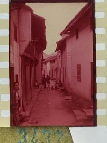 3437 年代老照片底片  江南小巷子