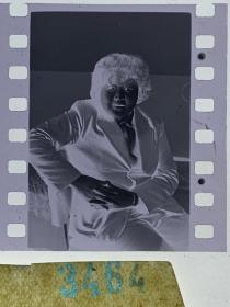 3464 年代老照片底片  女演员