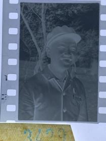 3429 年代老照片底片  长影演员
