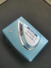 索尼随身听WM-FX199