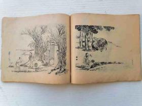 """不知什么年代的三本""""人物、花卉、飞禽""""画册,有清代著名画家作品,版本特别,网上稀有,古色古香。有收藏印章。"""
