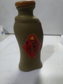 口子窖五年100ml酒瓶