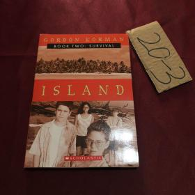 Survival (Island, Book 2)幸存者