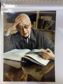 著名导演、编剧、作家 黄佐临  摄影图片二张 艺术照 生活照(尺寸:12*9cm、14*5cm)
