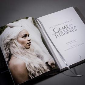 权力的游戏 摄影画册艺术设定集 英文原版 冰与火之歌 精装 乔治?
