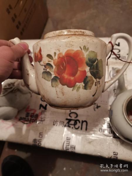 完整的解放后花卉大瓷茶壶一个