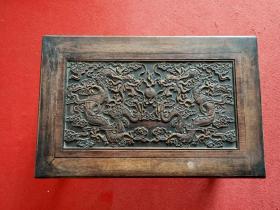 收到花梨木桌一个,做工精致,雕刻精美,保存完整,品相如图!