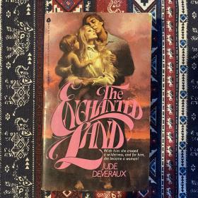 【英文原版小说】THE ENCHANTED LAND by JUDE DEVERAUX