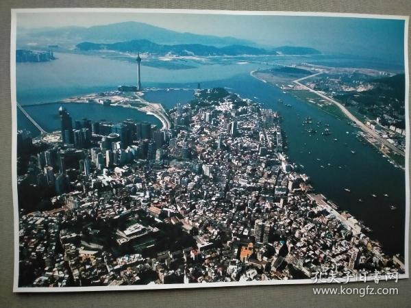 陆伟强摄影作品《漓江鸟瞰图》