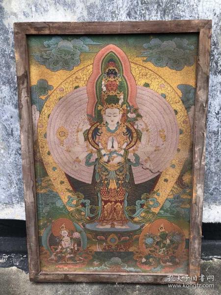 【藏传唐卡】旧藏镶木框丝绸六臂观音佛像唐卡