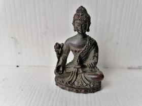 一尊精湛的铜制小佛像