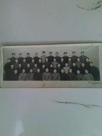 沈阳市第一轻工业向生产指挥组全体同志合影留念头1973.1.10.