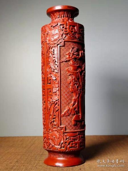 收藏剔红漆器花瓶高32厘米