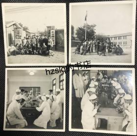 【系列照片】早期1952年北京医士学校众人留影及校园内场景4张合售,分别为学校大门、操场及教室内化学实验等场景,背面写有注释。北京市医士学校成立于1950年,几年后并入北京市卫生学校,存在时间短暂(详见描述)。老照片内容少见,颇为难得