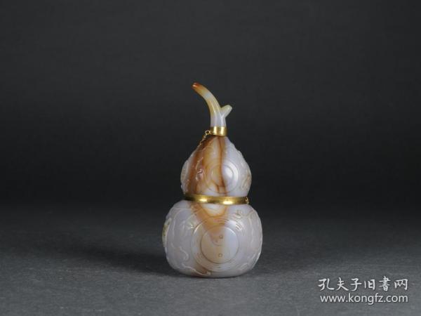 玛瑙包纯金太极八卦多子多福葫芦鼻烟壶