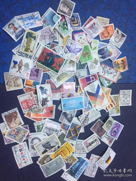 德国信销邮票100枚 (4)                                               (大部分是70年代和80年代的 无重复)店铺福利优惠邮票 邮票类多购付一次运费即可,付款前私信后台改价