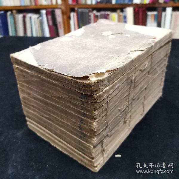 中医古籍:《景岳全书》全书共64卷,缺7-15卷(缺两册),其余都是全的,现存线装14册,张介宾先生著,光绪二十年上海图书集成书局印行,