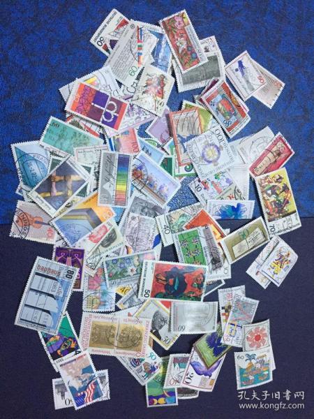 德国信销邮票100枚                                               (大部分是70年代和80年代的 无重复)店铺福利优惠邮票 邮票类多购付一次运费即可,付款前私信后台改价