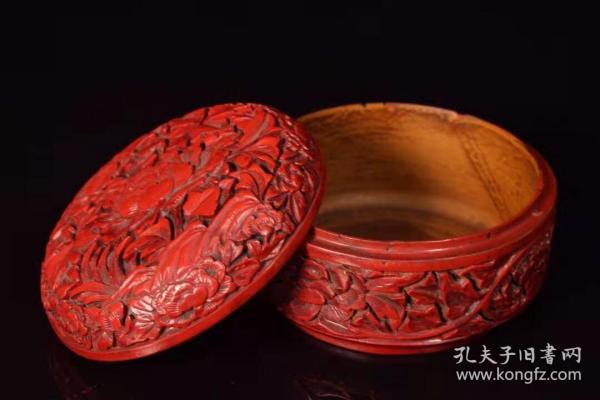 漆器剔红花开富贵盒子