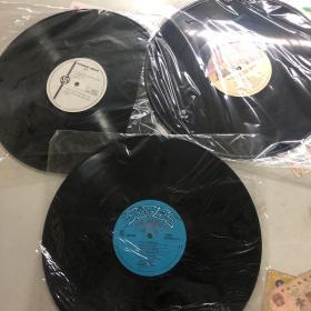 三张lp黑胶唱片。英文唱片
