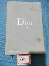 Dior Catwalk: The Complete Collections 迪奥时装秀