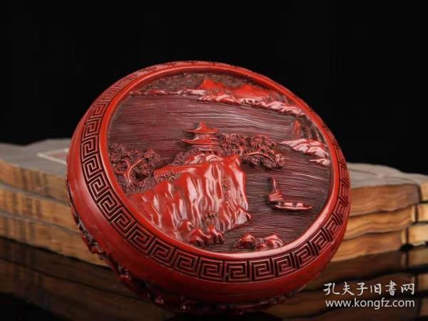 剔红漆器山水图捧盒