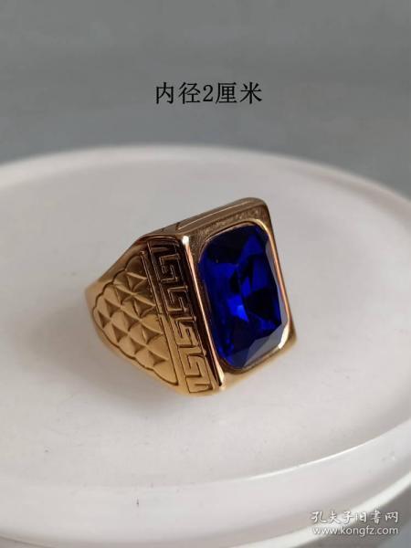 少见的天然蓝宝石K金 戒指   . .