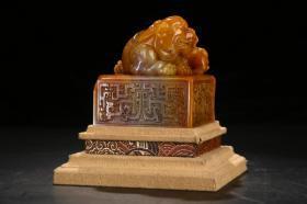 旧藏田黄雕太狮少狮钮印章