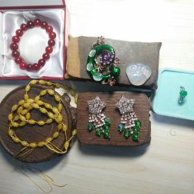 一件就卖100!7件全新奢侈珠宝亏血本合售,白如脂,玉石手链珠子10mm。白的是天然玛瑙