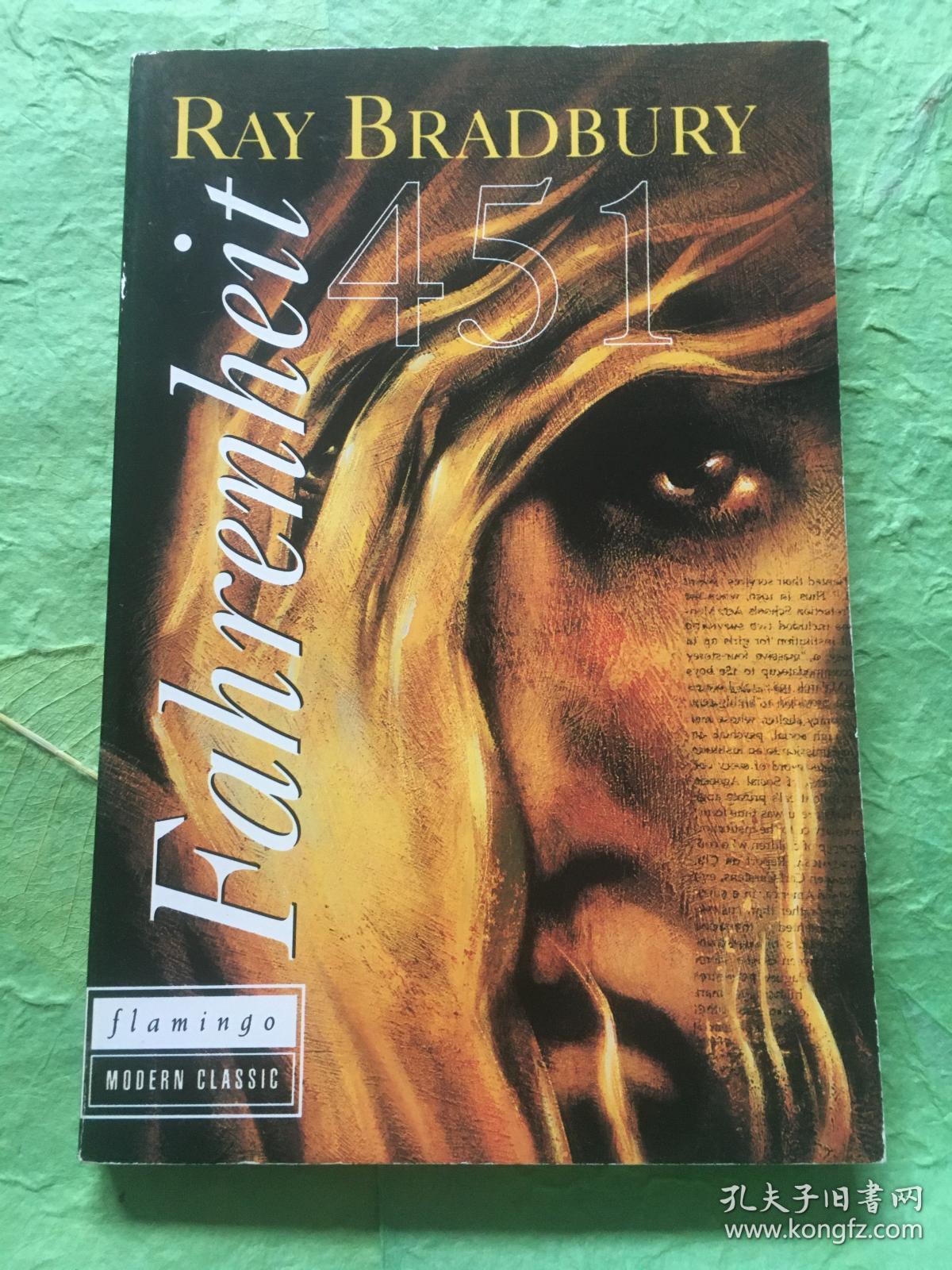 """【英国原版】""""Fahrenheit 451""""  豆瓣8.9分 比肩《1984》和《美丽新世界》作品"""