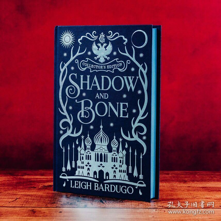 预售太阳的召唤英版收藏版Shadow and Bone : Book 1 Collector's Edition Leigh Bardugo