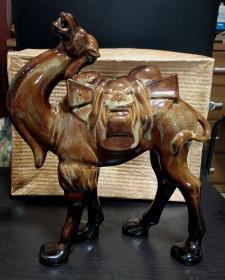 早期瓷雕塑大骆驼摆件(高33.5cm)