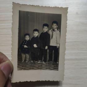 老照片:兄弟合照-1966年