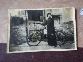 民国老照片(自行车.美男子)