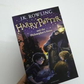 Harry Potter and the Philosopher's Stone:1/7 哈利波特1:哈利波特与魔法石 Harry Potter and the Philosopher