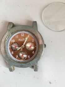破手表一块 表蒙掉