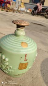 """酒具类;酒瓶空酒瓶{汾阳王府}山西省著名商标""""事事如意""""清香型白酒。山西汾阳酒业有限公司"""