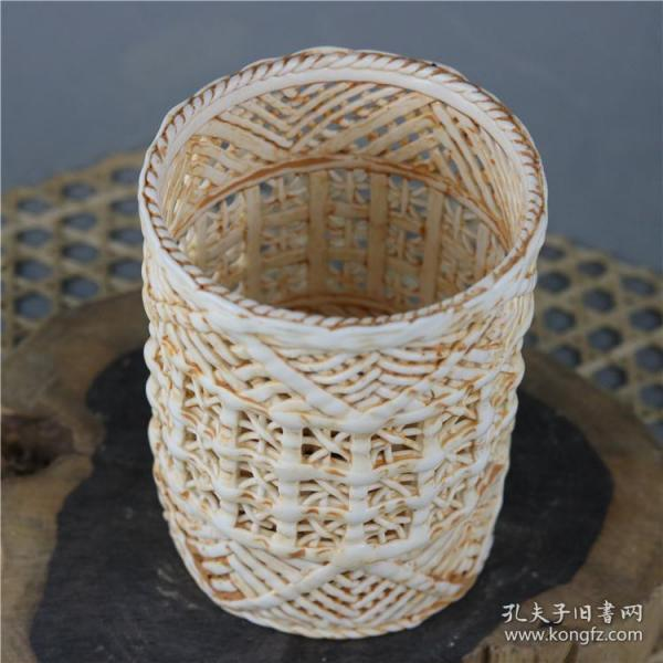 清代出土手工镂空瓷器笔筒收藏品文房摆件