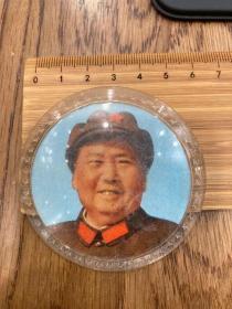 主席像章(塑料)