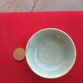 清代豆青釉茶碗