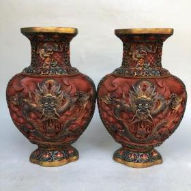 旧藏彩绘漆器龙戏珠花瓶摆件一对