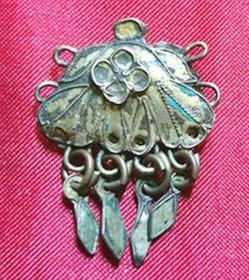 老古董纯银胎鎏金 原点翠吊4小叶片梅花图吊挂件饰品 清代老银器保老真品饰件