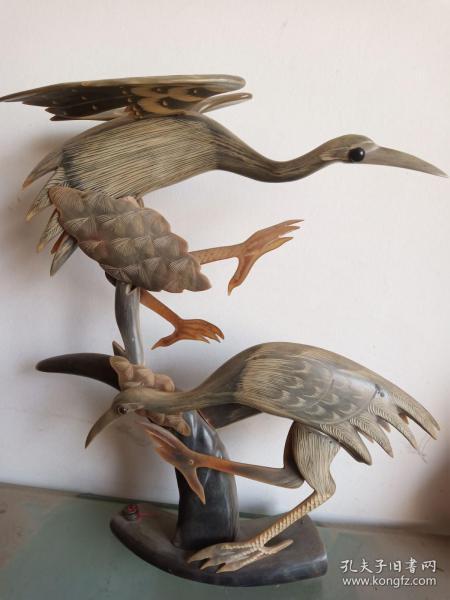 罕见牛角雕刻摆件(约90年代)——松鹤延年