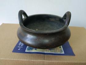 """江西征收传世""""谷云炉""""铜炉,口径11厘米,重约3斤,手可盈握,非常压手,皮壳老旧。传世珍品。"""