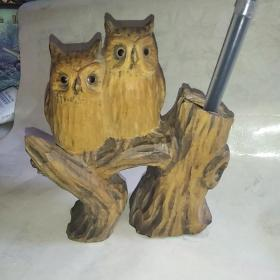 书法字画用品笔墨纸砚~笔筒,木头笔筒,木头摆件,猫头鹰 什么木不懂 高14厘米宽12厘米品相如图。